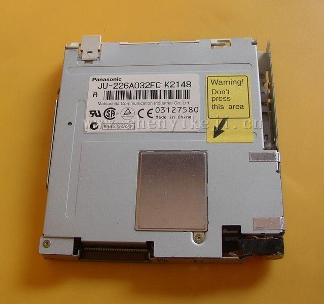 Panasonic JU-226A032FC floppy drive