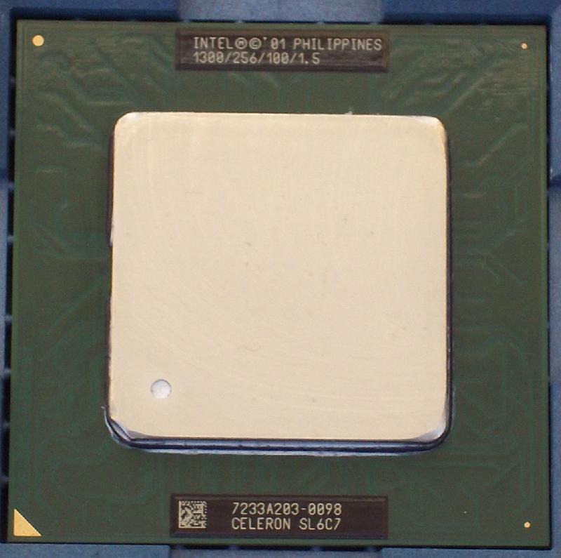 Intel CELERON 1300 FCPGA2 Tualatin SL6C7